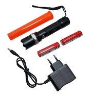 3W Led zaklamp oplaadbaar + 2x li-ion 18650 accu, opzetkegel en lader verkeersregelaars lamp
